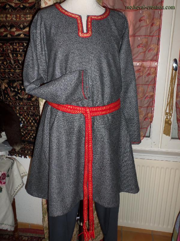 Varangian Tunic Viking Saxon Tunique Laine
