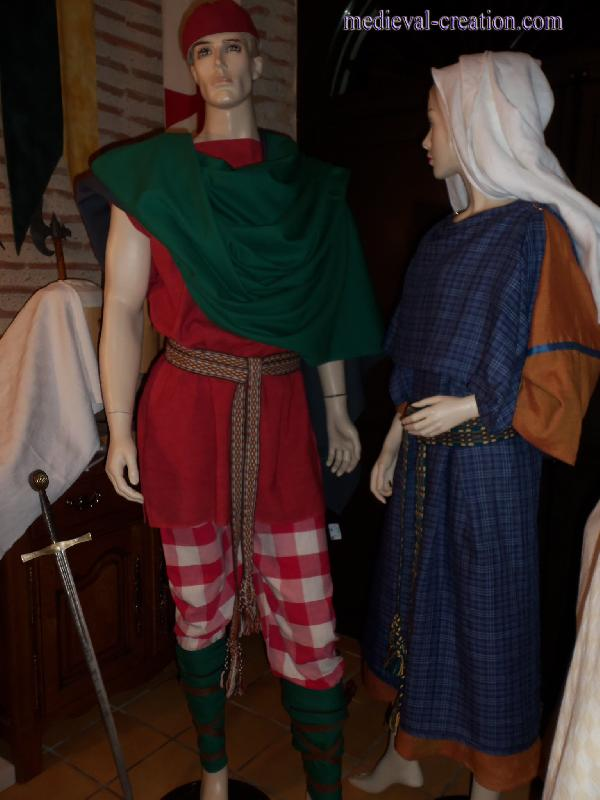 Costume Gallo-romain Picte en Lin avec Peplos