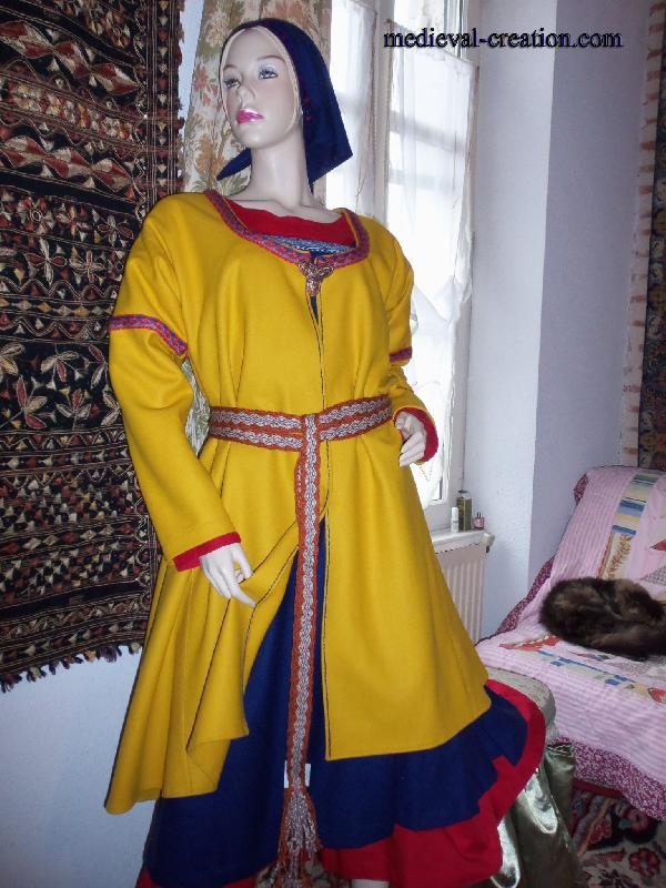 Viking Kaftan Woman Wool Hand work